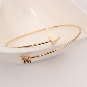 Arrow bangle bracelet gold